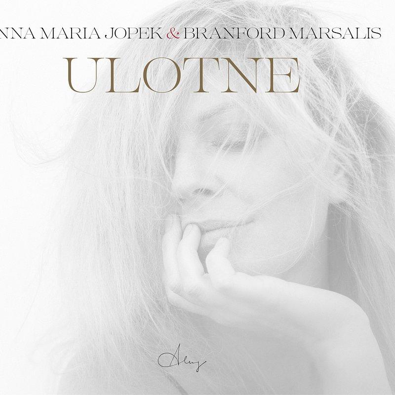 ULOTNE_cover.jpg