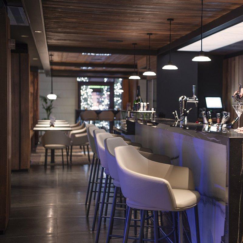Le Massif_Del Gigante Bar.jpg
