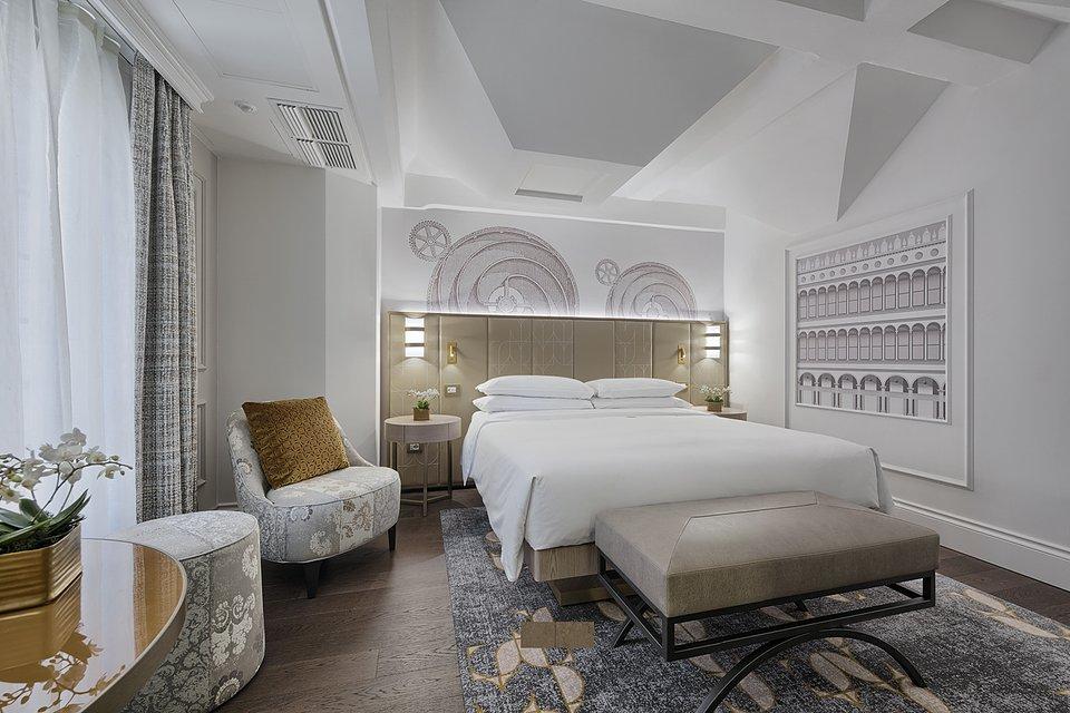 Molino Premium Rooms (8).jpg