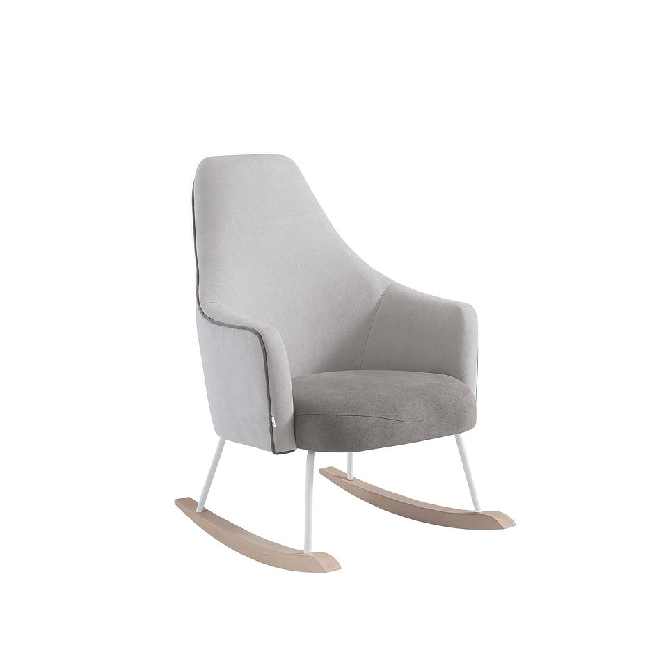 Moom armachair for Micuna (8).jpg