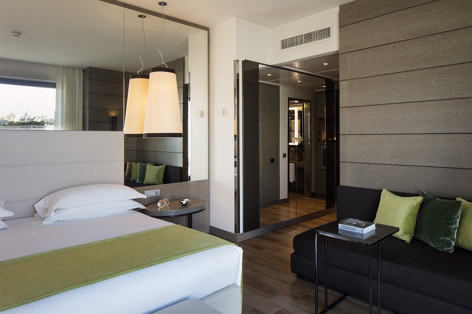 Starhotels Echo_Mi_Panoramic Junior Suite by Andrea Auletta (2).jpg