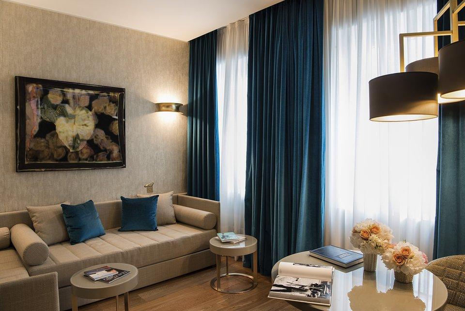 Starhotels Rosa Grand Mi_Junior Suite by Andrea Auletta (2).jpg