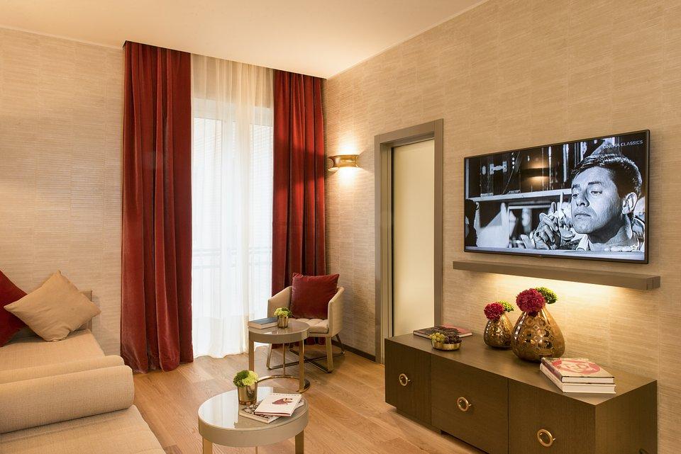 Starhotels Rosa Grand Mi_Junior Suite by Andrea Auletta (7).jpg