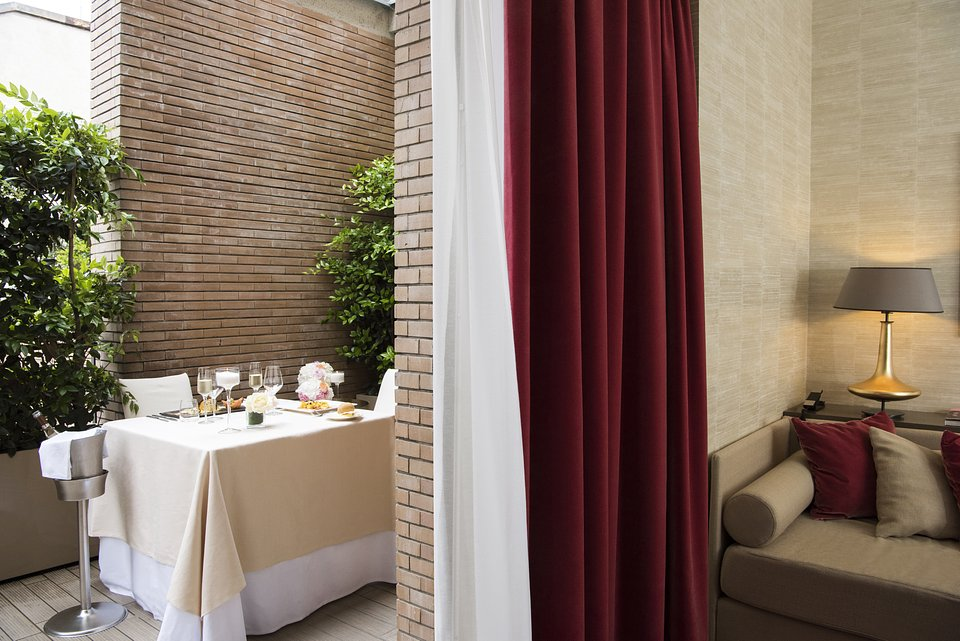 Starhotels Rosa Grand Mi_Junior Suite by Andrea Auletta (8).jpg