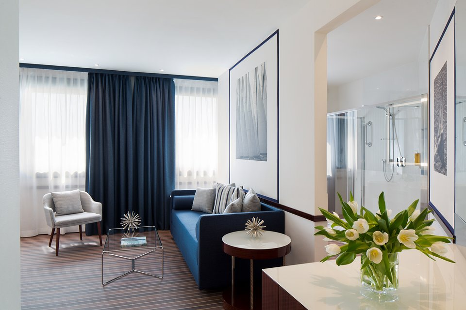 Starhotels President_GE_Junior Suite by Andrea Auletta (3).jpg