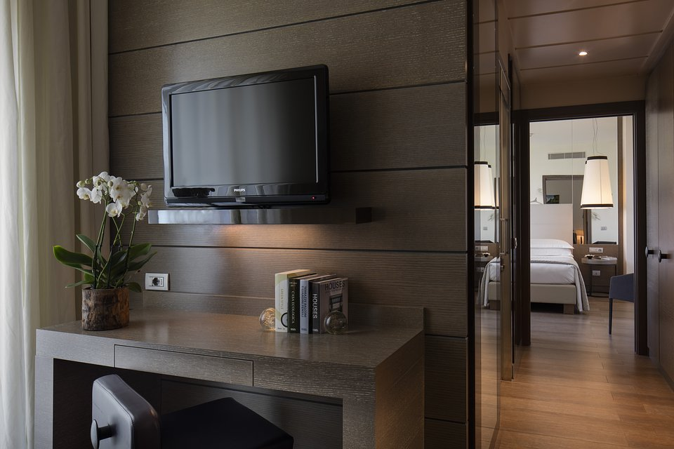 Starhotels Echo_Mi_Terrazza suite by Andrea Auletta (4).jpg