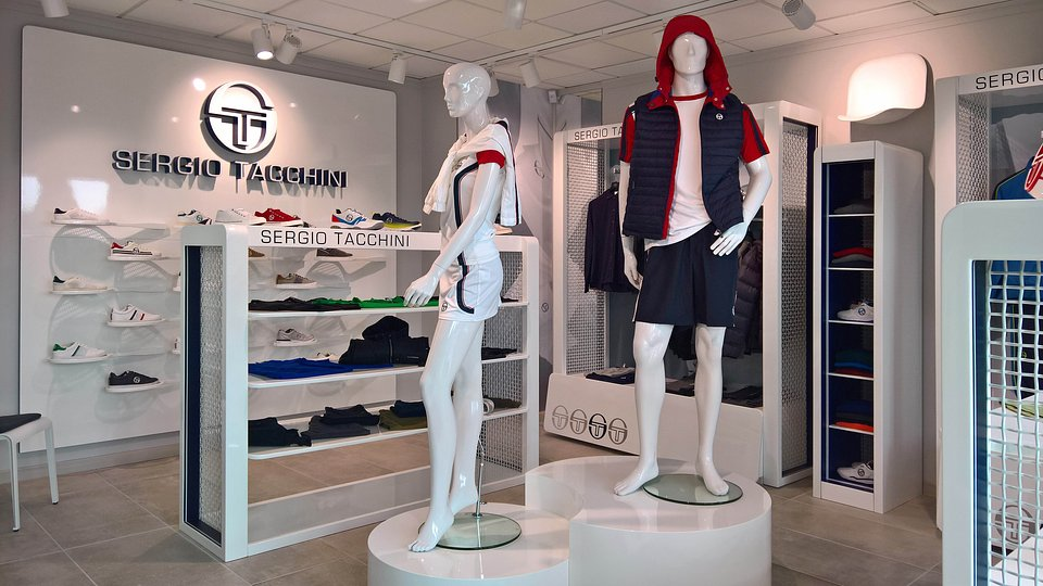 Sergio Tacchini show room by nz.A Studio (6).jpg