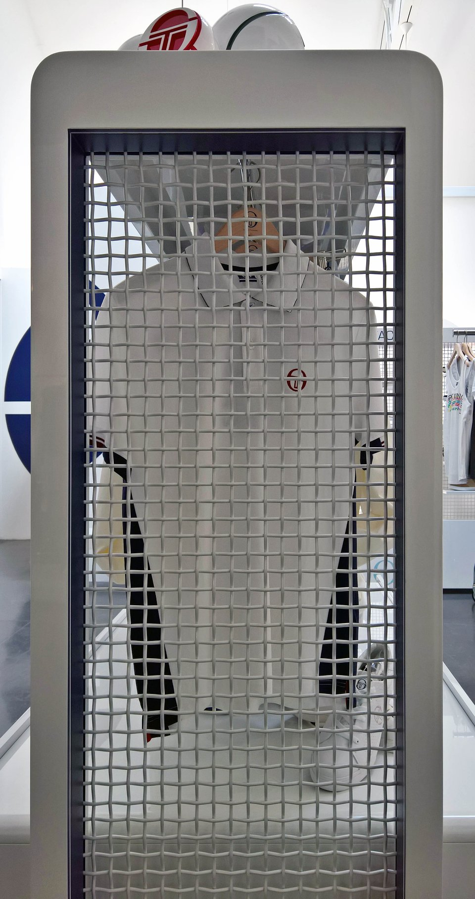 Sergio Tacchini show room by nz.A Studio (16).jpg