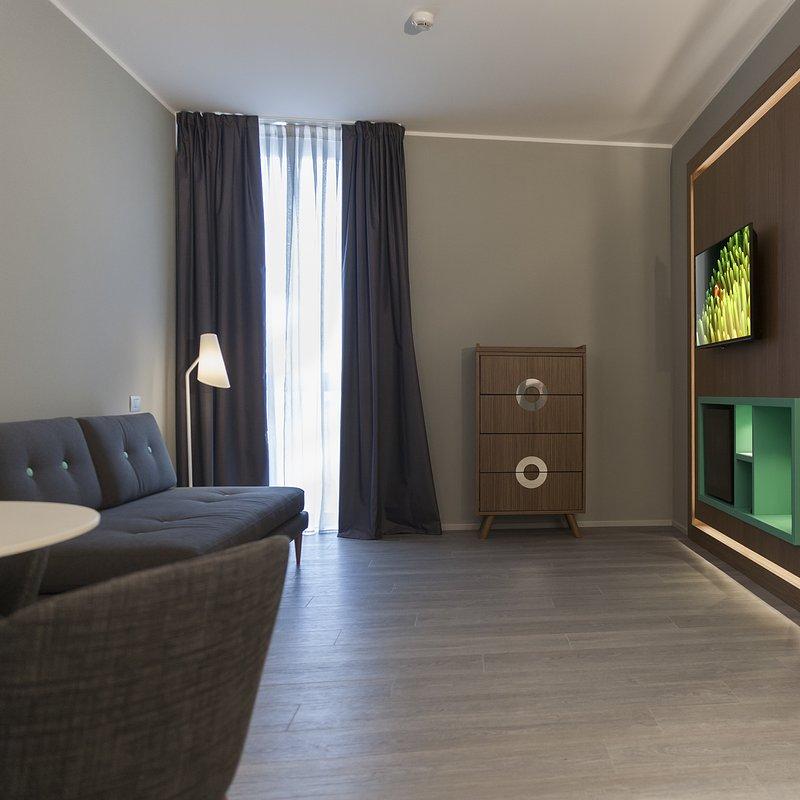 G Hotel (26).jpg