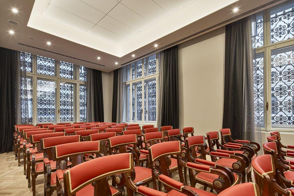 DoubleTree_by_Hilton_Trieste__Adriatica_Meeting_Room.jpg