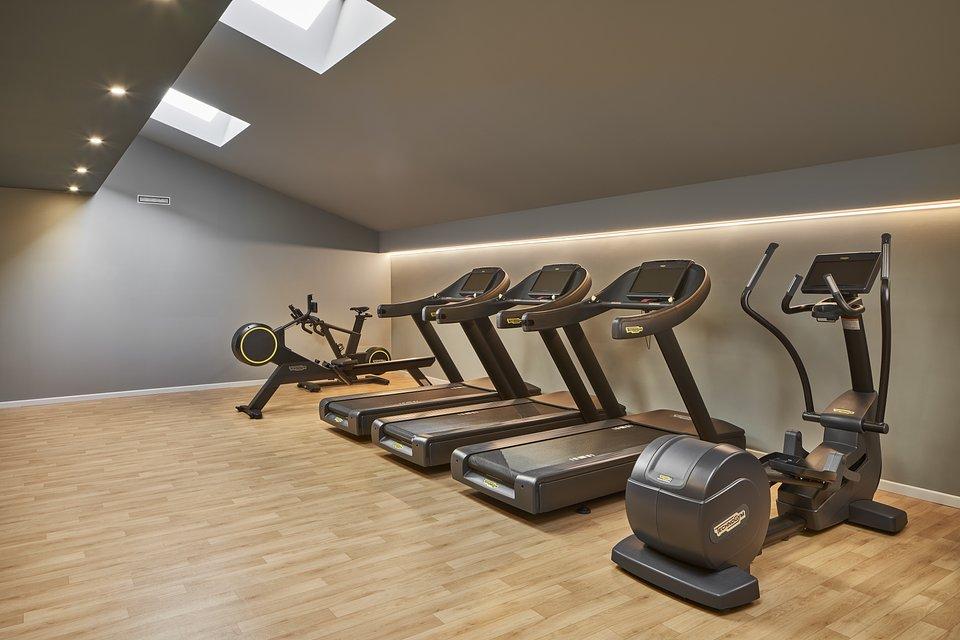 DoubleTree_by_Hilton_Trieste__Fitness_center.jpg