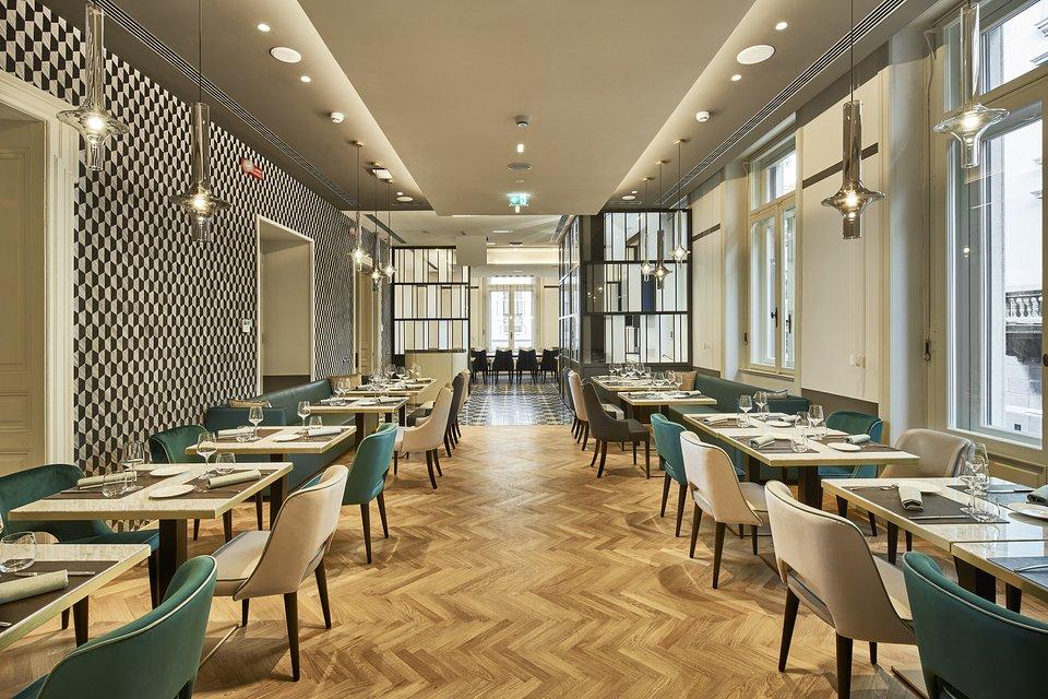 DoubleTree_by_Hilton_Trieste__Novecento_Restaurant_Trieste.jpg
