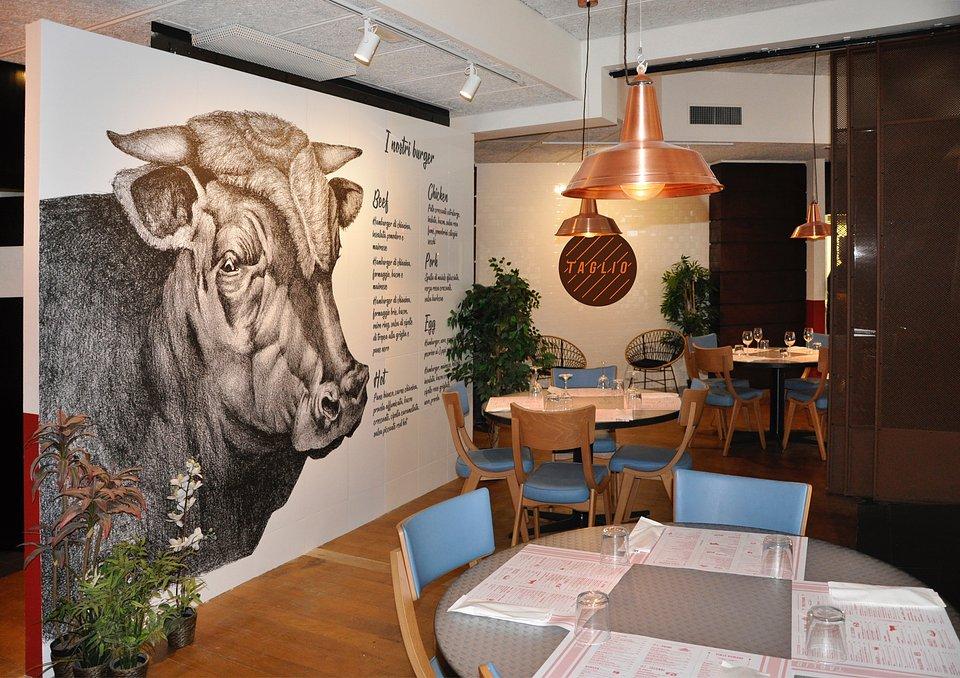 Taglio Restaurant by RPM Proget (1).jpg