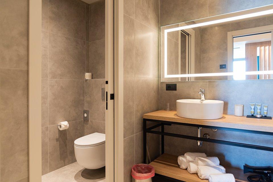 CaberlonCaroppi_Modica Boutique Hotel_Suite (11).jpg