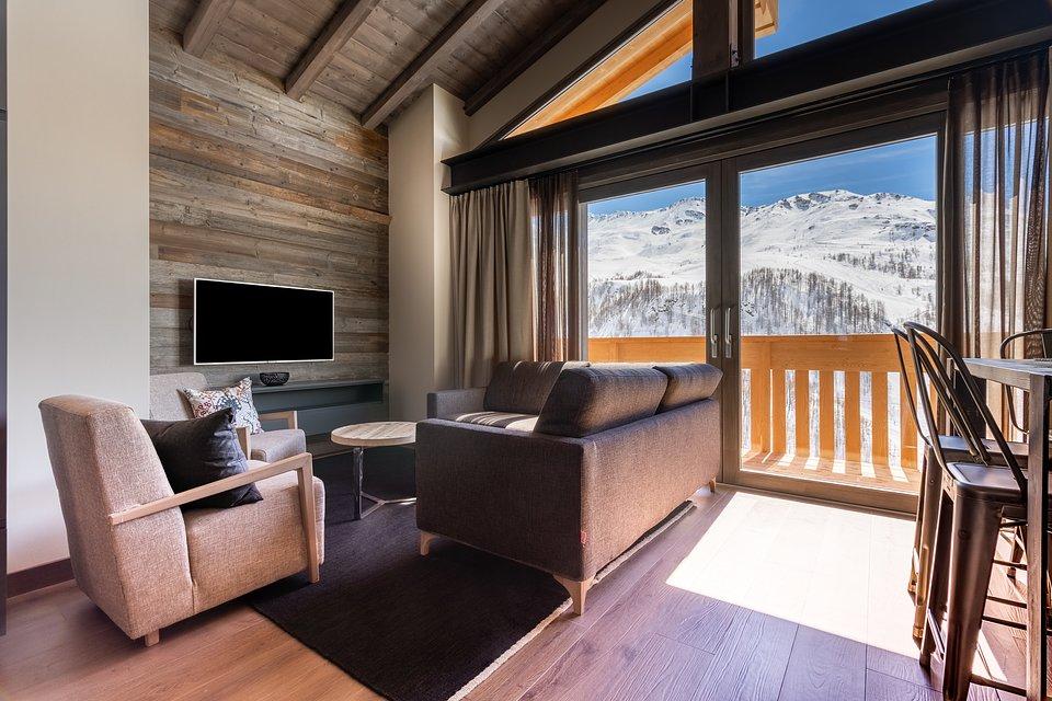 LaCresta_II_penthouse (11).jpg