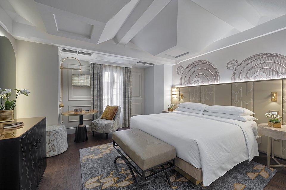 Molino Premium Rooms (6).jpg