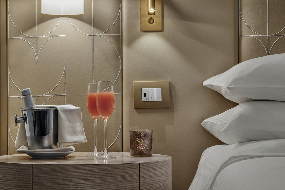 Molino Premium Rooms_Amenities (1).jpg