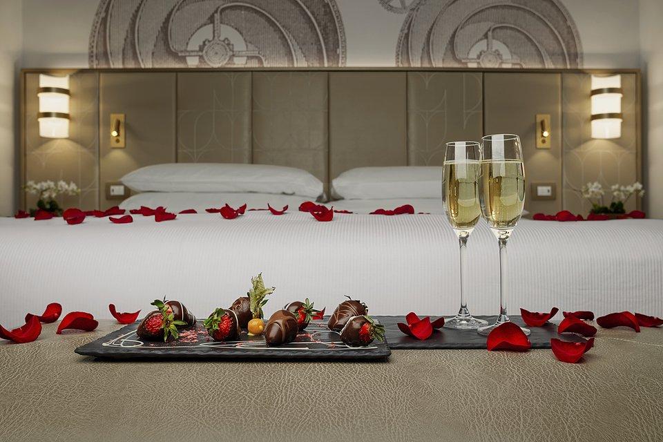 Molino Premium Rooms_Amenities (3).jpg