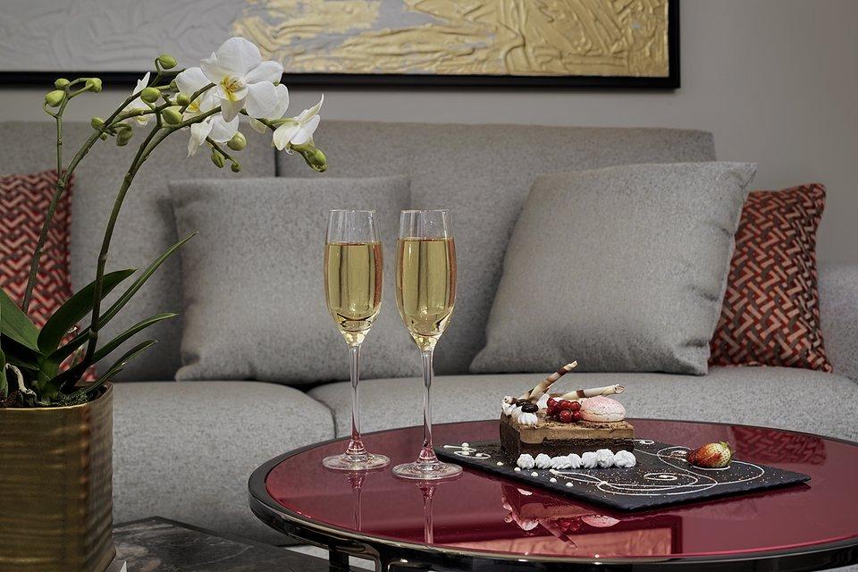Molino Premium Rooms_Amenities (4).jpg