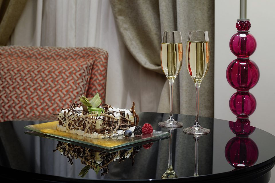 Molino Premium Rooms_Amenities (5).jpg