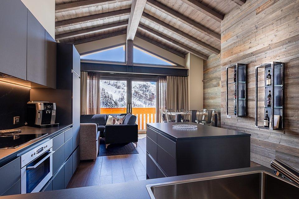 LaCresta_II_penthouse (10).jpg