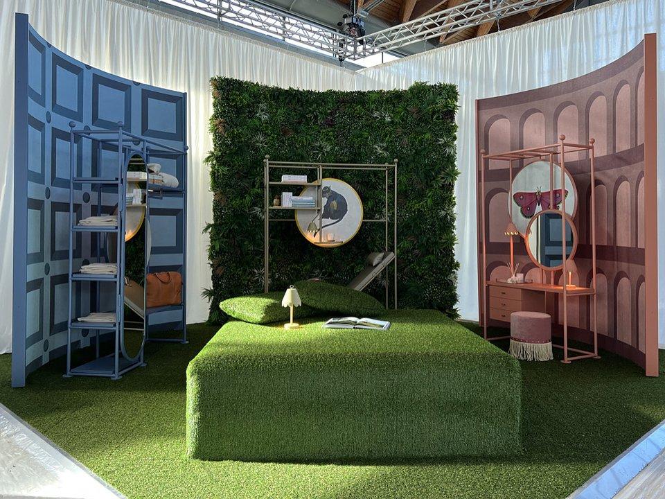 Rooms - SIA Design Hospitality - Tailored Frames (2).JPG
