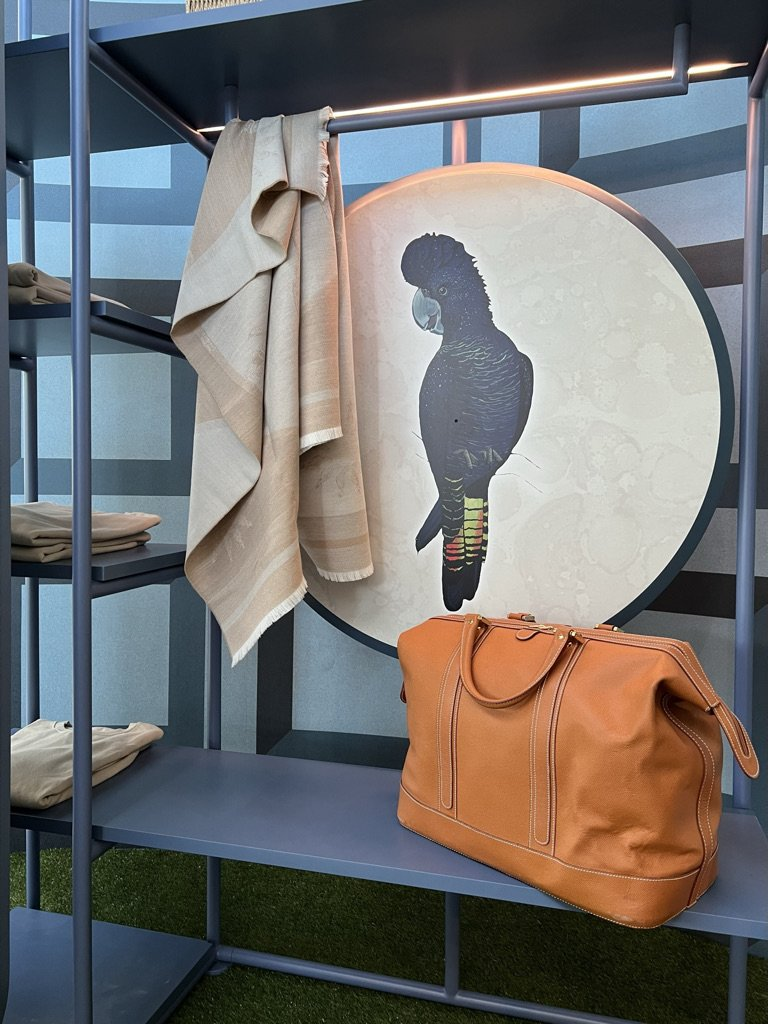 Rooms - SIA Design Hospitality - Tailored Frames (10).JPG