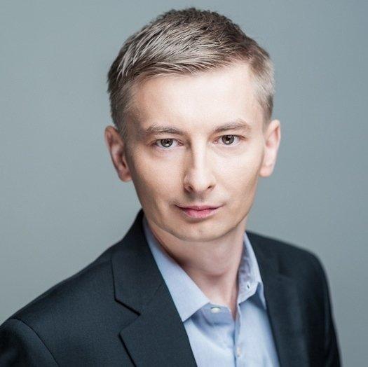 Tomasz Dziekan CFO.jpg