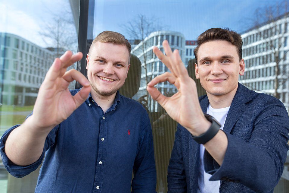 Aliaksandr Horlach (left) and Evgeny Chamtonau (right) - Spoko.app's founders