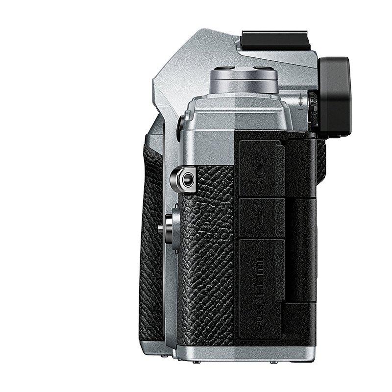 OM-D_E-M5_Mark_III_silver_Product_090.jpg