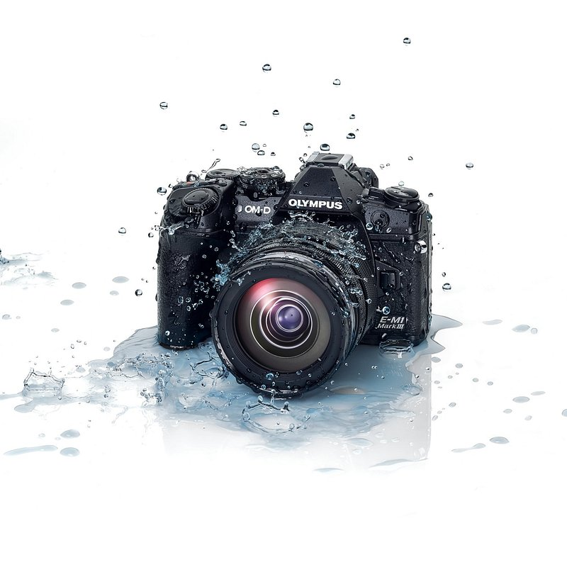 OM-D_E-M1_Mark_III_EZ-M1240_PRO_Splash__Product_010.jpg