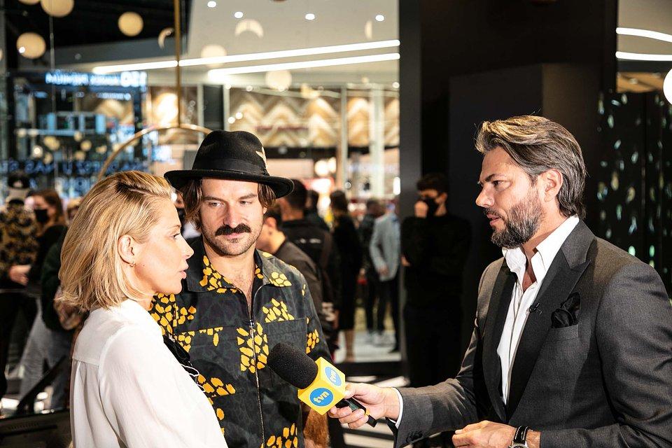 Kasia Warnke i Piotr Stramowski w rozmowie z Olivierem Janiakiem