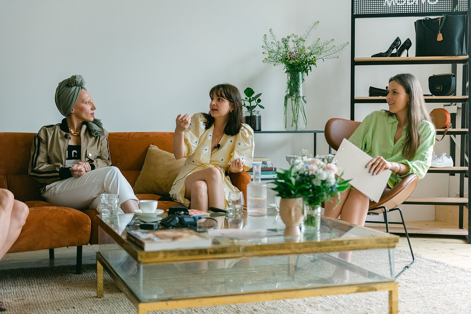 MODIVO POWER DRESSING - Ola Szol, Kara Becker, Karolina Limbach (od lewej)