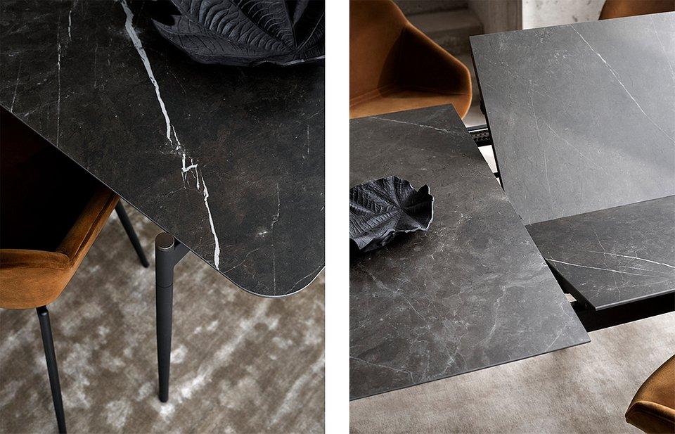 Stół Augusta z dodatkowym blatem, cena od 7.390,-<br>Krzesło Vienna, cena od 1.949,-