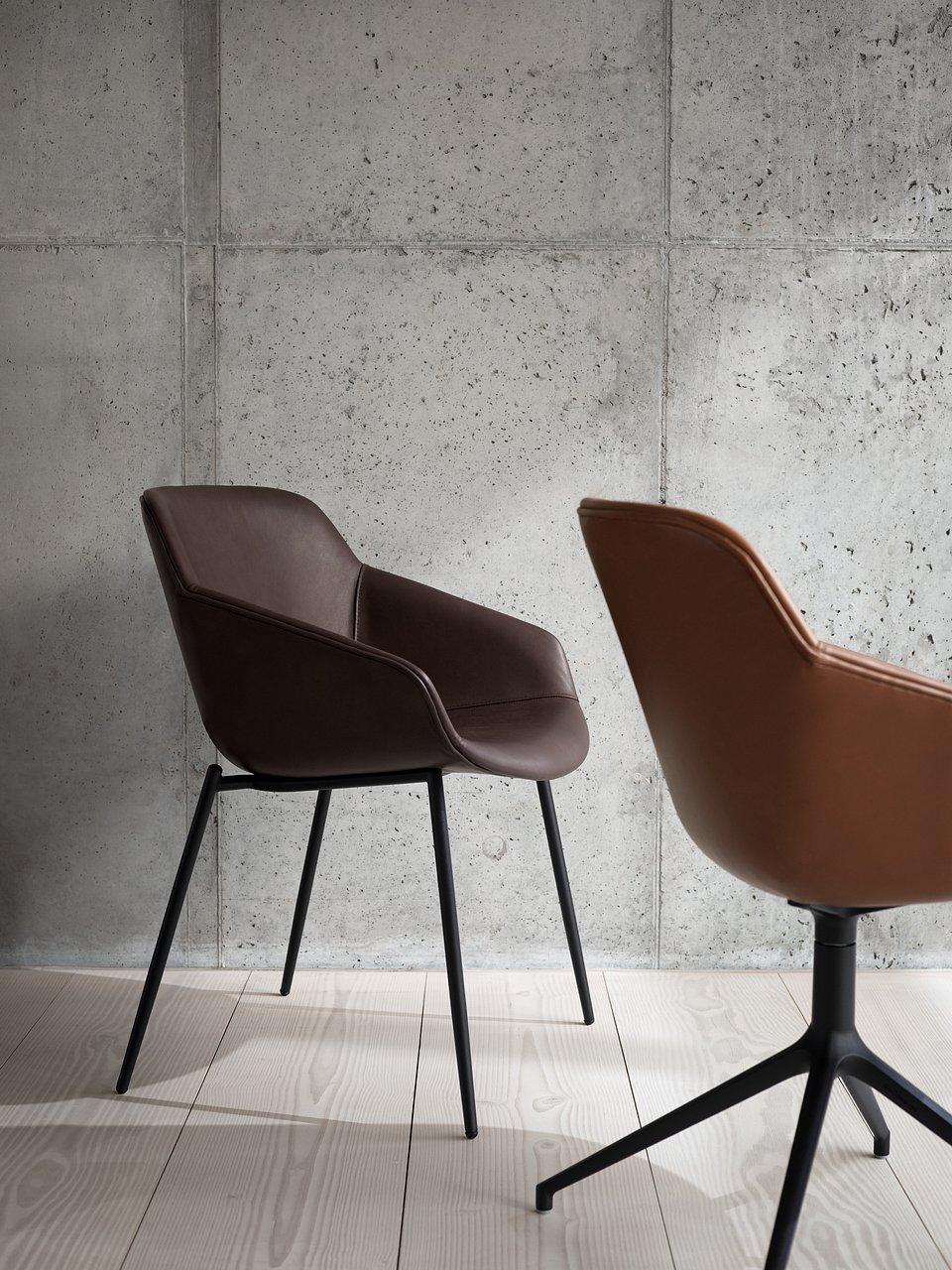 Krzesło Vienna, cena od 1.949,-<br>Krzesło Vienna na obrotowej nodze, cena od 2.419,-