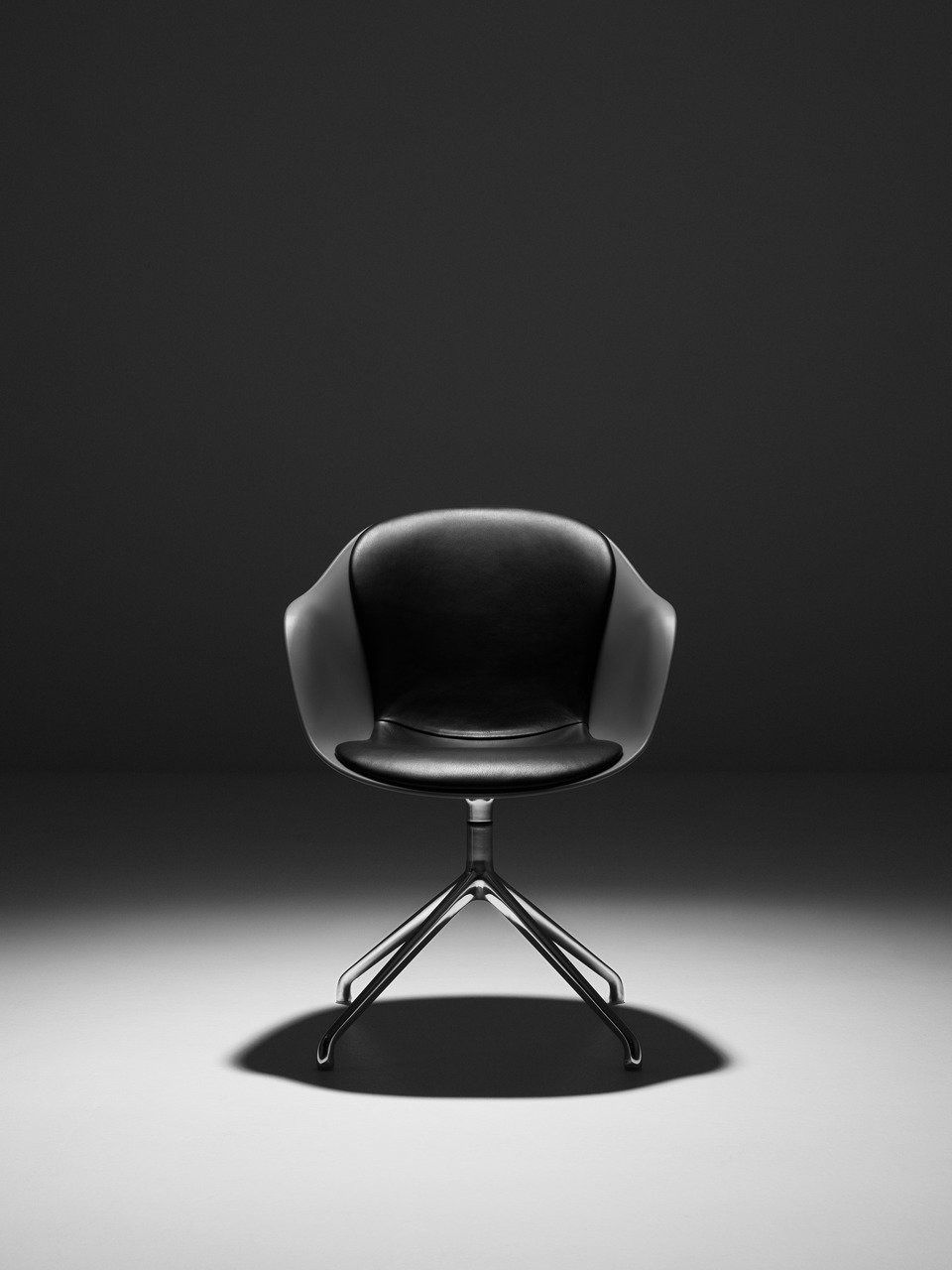 23134_Adelaide chair with swivel function_10002_3.jpg