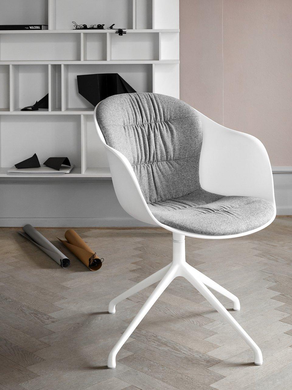 Krzesło Adelaide z funkcją obrotu, cena 2.308,-