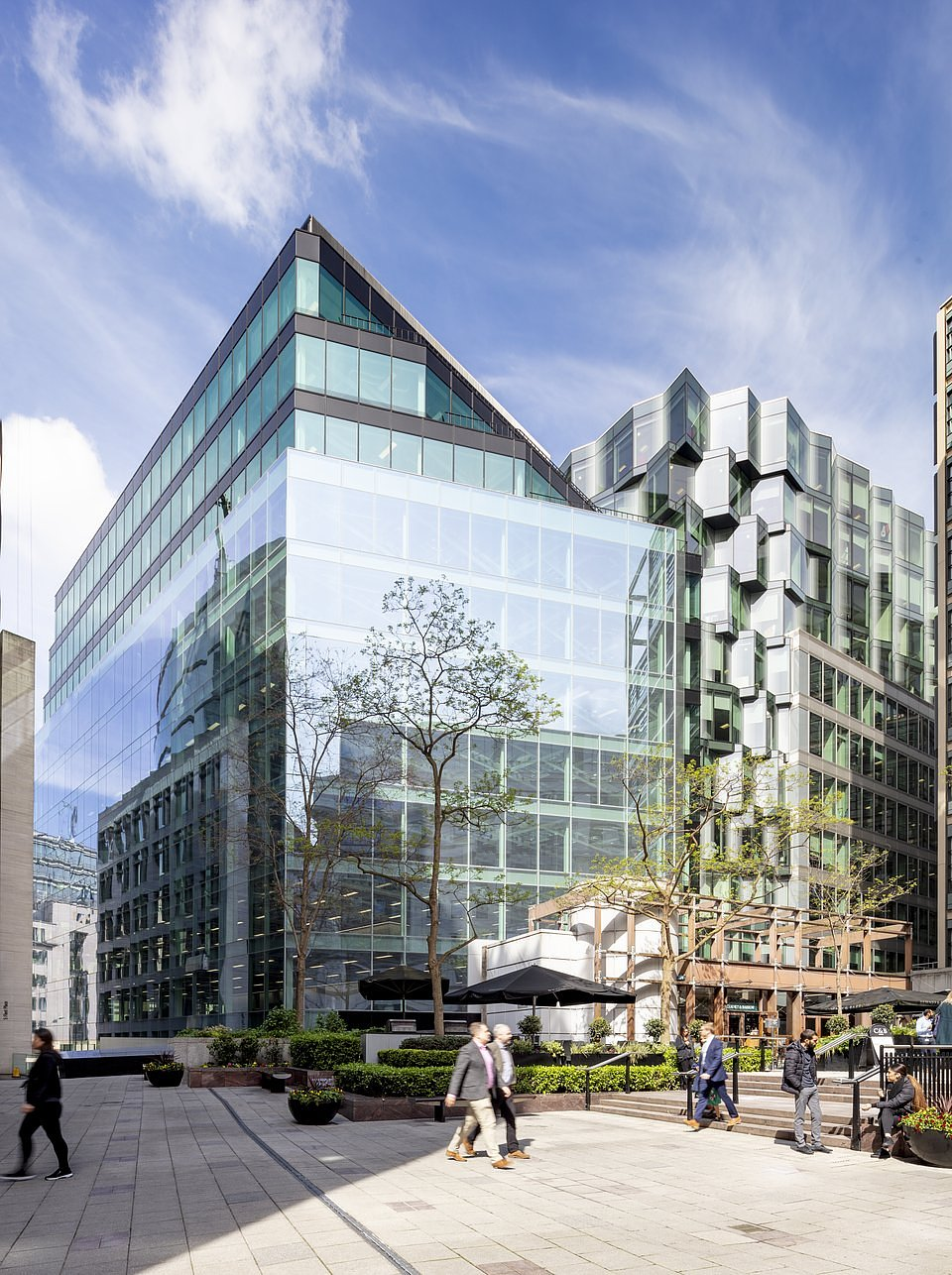 20 Farringdon Street has been fully leased by HB Reavis and is home to a thriving business community including HB Reavis' own co-work concept HubHub, as well as The Berkeley Partnership and TMF Group.