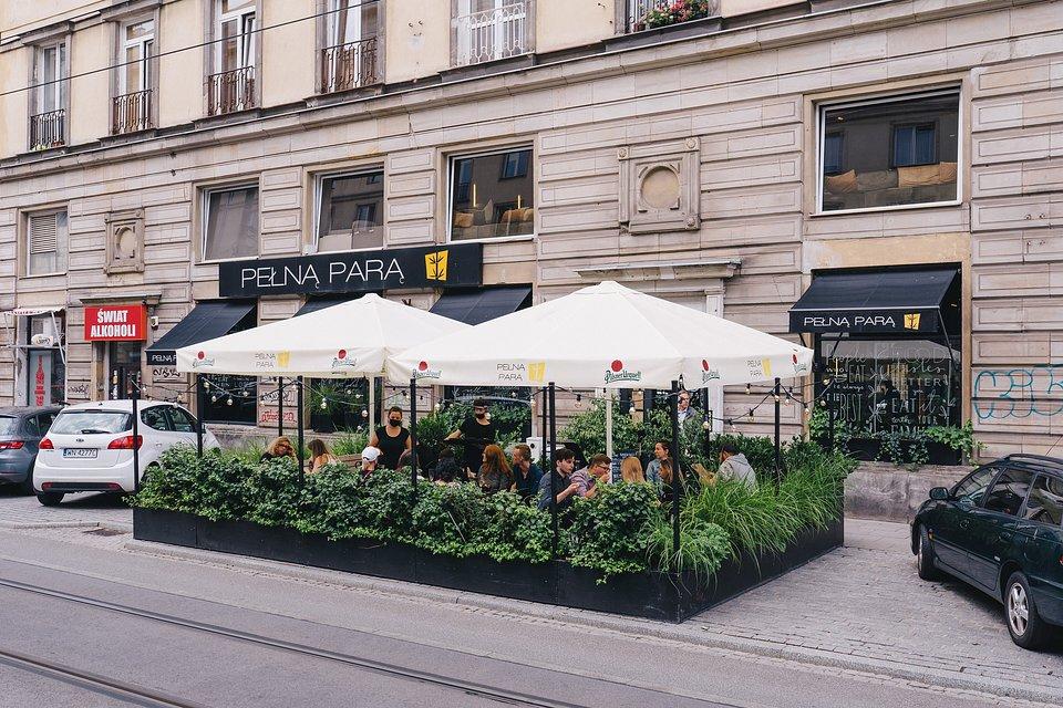 Pełną Parą działa w 3 lokalizacjach. Na zdjęciu restauracja przy ul. Nowowiejskiej.