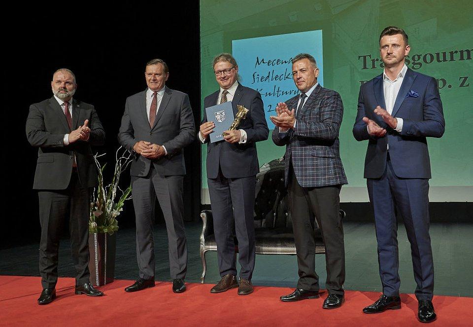Nagrodę odebrał Dyrektor hali Selgros Siedlce - Wojciech Rola.