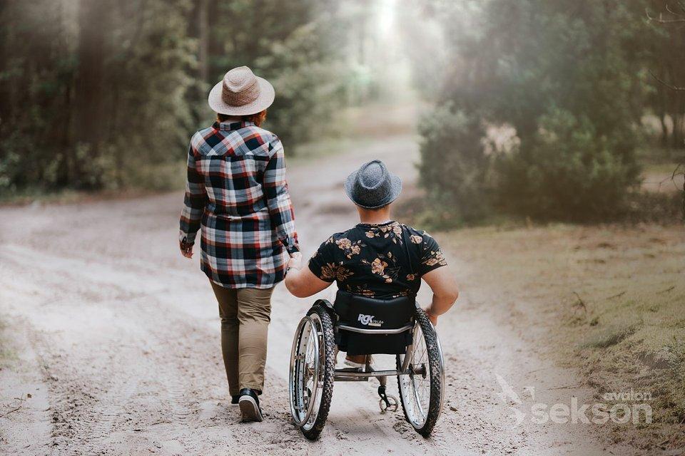 Magda i Artur podczas sesji realizowanej w ramach inicjatywy Pełnosprawni w miłości