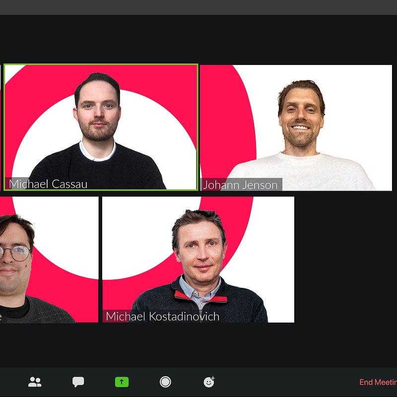 Grover_Exec team_Zoom_Thomas Antonioli (CFO), Michael Cassau (Founder, CEO), Johann Jenson (CPO), Esteban Escalante (CCO), Michael Kostadinovich (CTO).jpg