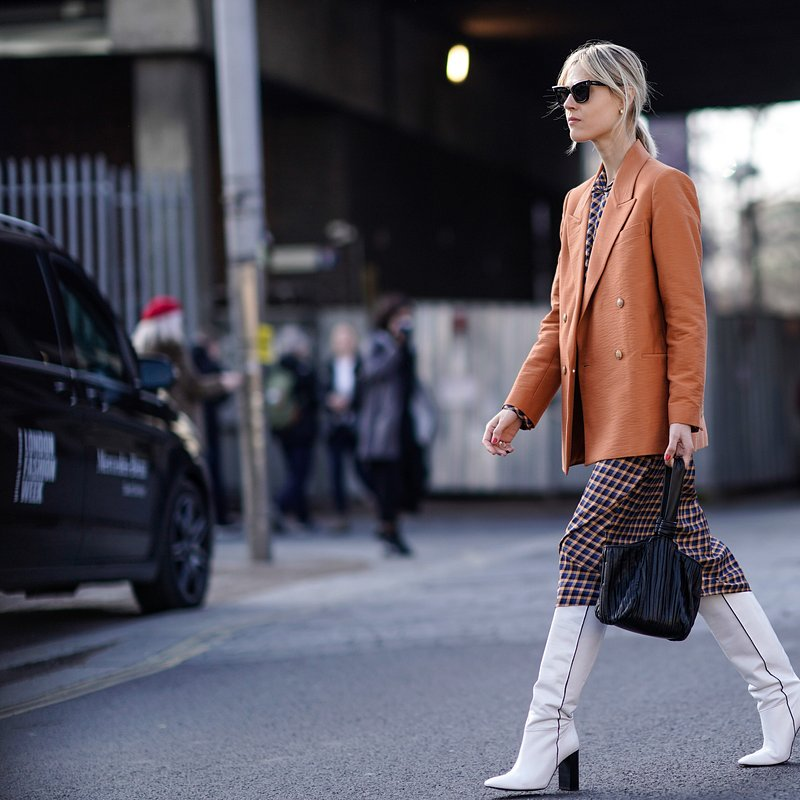 Linda Tol wearing Mango at LFW - rights from 07032019 PR+SM WW - Getty Images.jpg