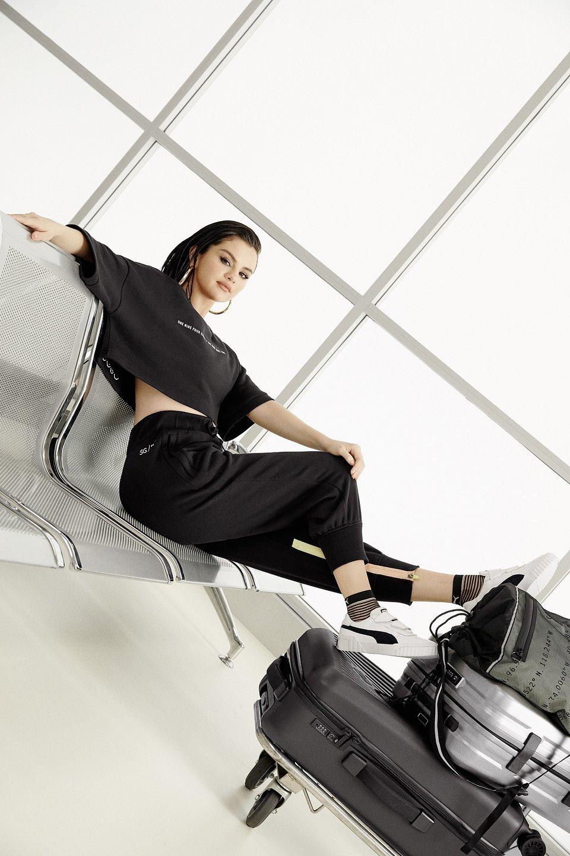 19SS_xCC_Selena-Gomez_Collection_Look-1_170.jpg