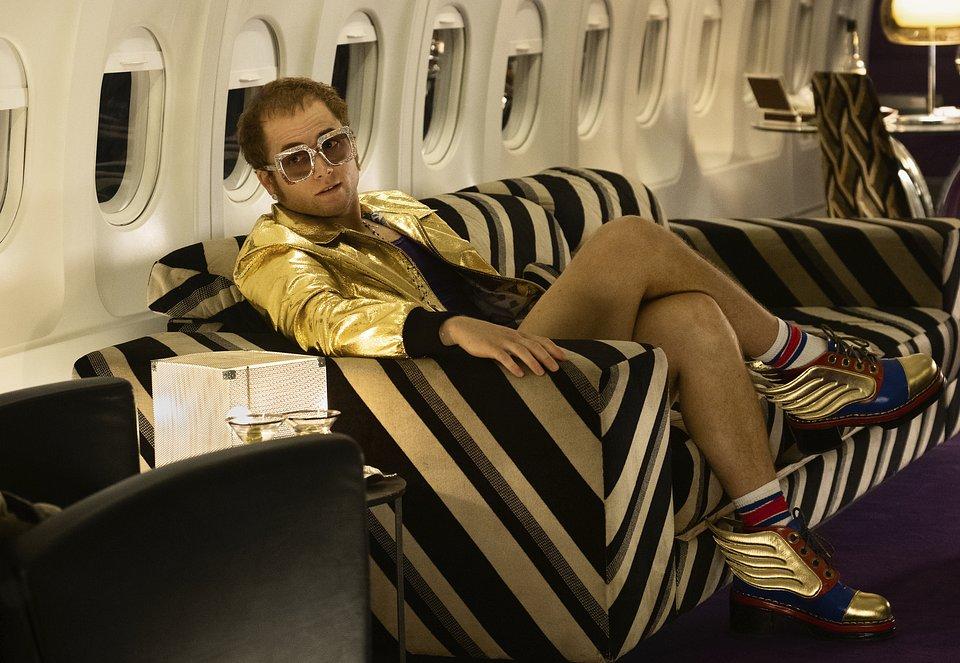 Taron Egerton w podróży, jako Elton John w filmie