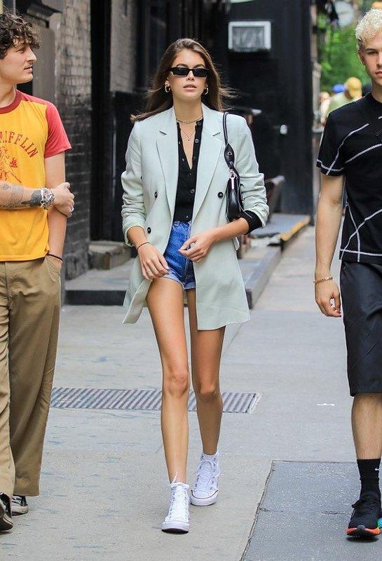 Kaia Gerber wearing Mango blazer in NYC - Rights from 03062019 PR+SM WW.jpg