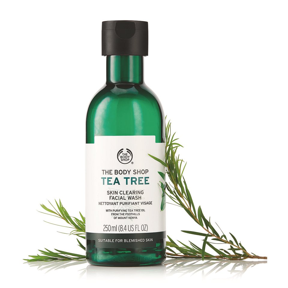 TEA TREE SKIN CLEARING FACIAL WASH  250ML_45,90PLN.jpg