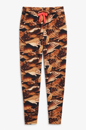 SELAM_FESSAHAYE_MONKI_AW19_20_Julia_sweat_pants_printed_150pln.jpg