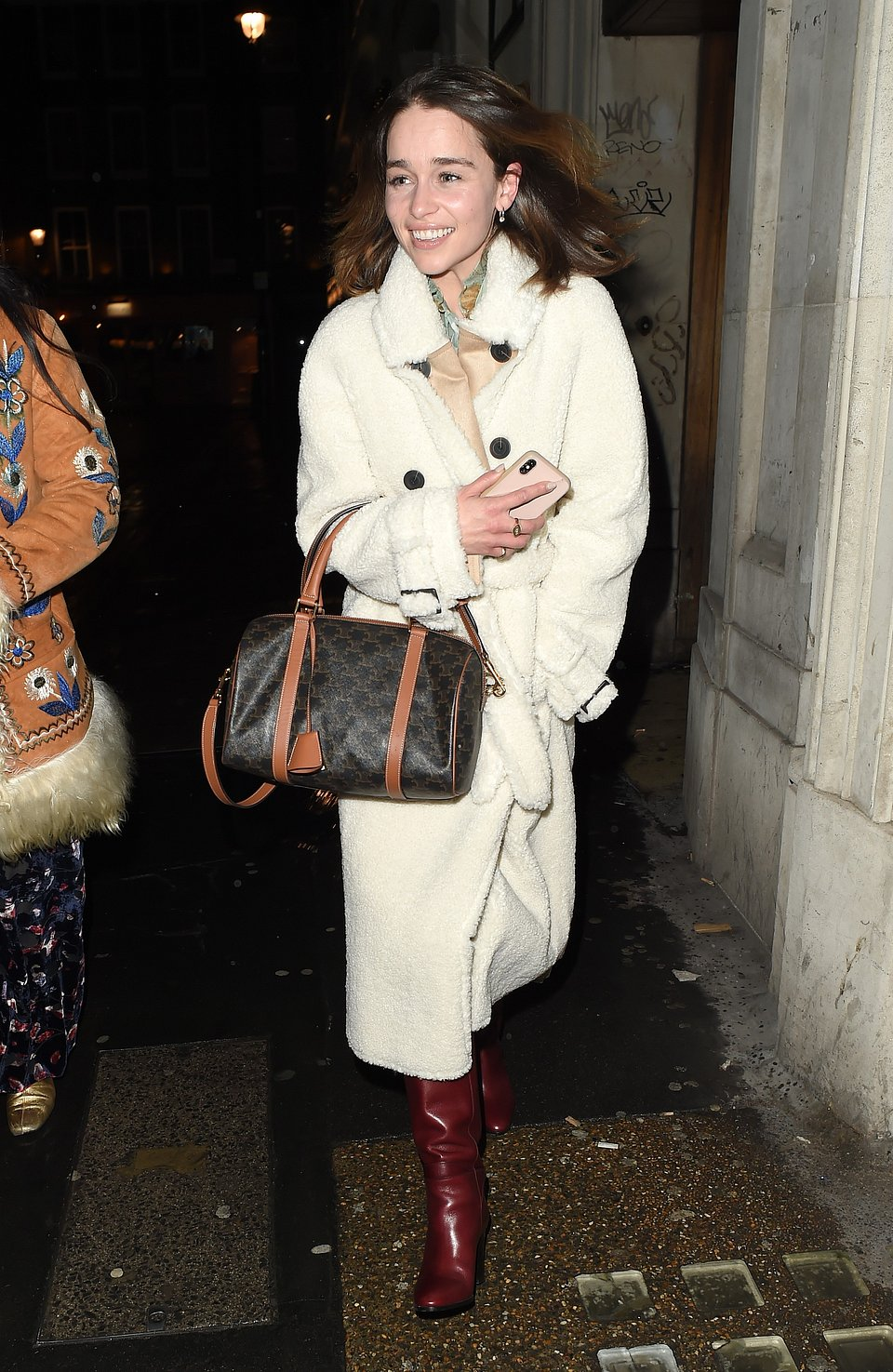 Emilia Clarke Mango coat- right from Splash 16112019 pr+ social media..jpg