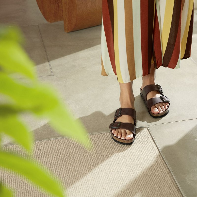 20SS_PS_2_RichLeatherSandals1_206.jpg